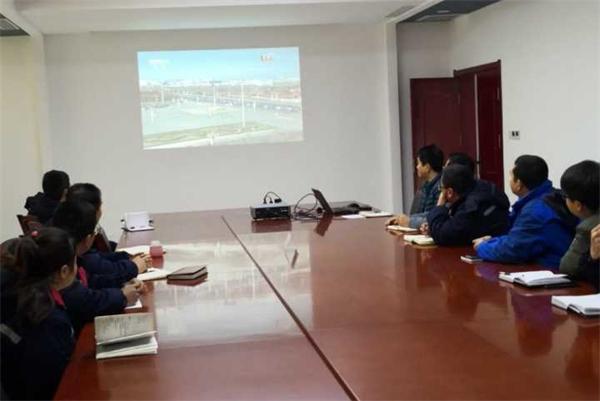 中陕核钼业组织观看庆祝改革开放40周年大会直播
